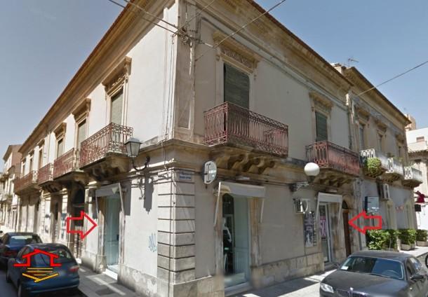 Locale commerciale in affitto Via R. Settimo n. 57, Vittoria (RG)