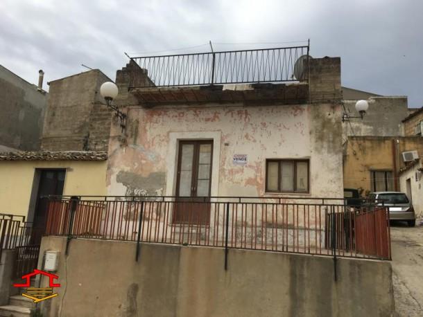 Casa Singola in vendita Via Ipperia n.36, Vittoria (RG)
